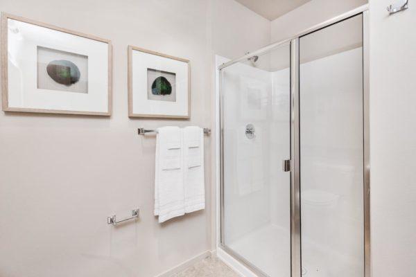 Hayes Shower-1